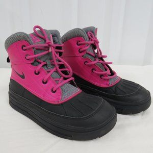 Nike 524877-600 Woodside 2 Snow Boots Size US 2Y,